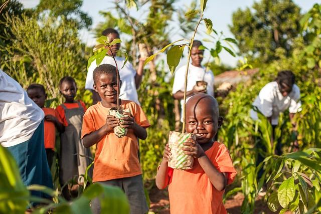 Nyota_Tree_Planting_Wangari_Maathai_Rememberence-2445-1