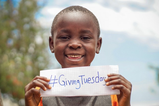 #GivingTuesdayNyota-03154_web